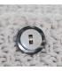 Cojín cuadrado blanco con botones