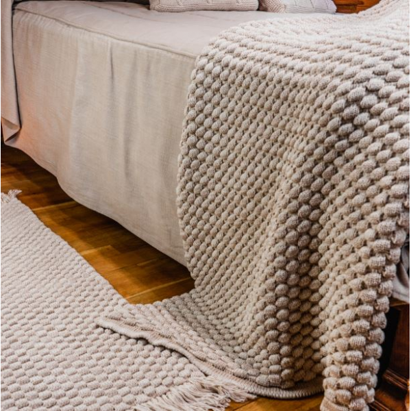 Knitted bed cover