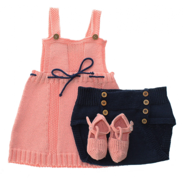 Baby outfit gift set